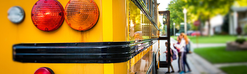 radio-can-improve-school-bus-student-management-blog-accent-img